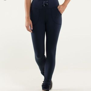 Lululemon Skinny Will Pant Black 6